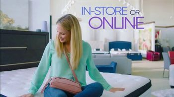 Rooms to Go Storewide Mattress Sale TV Spot, 'The Best Things Come in Threes' - Thumbnail 4