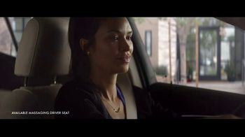 2021 Buick Envision TV Spot, 'Quadruple Take' Song by Matt and Kim [T1] - Thumbnail 3