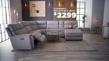 Bob's Discount Furniture TV Spot, 'Seccional eléctrico' [Spanish] - Thumbnail 4