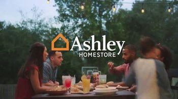 Ashley HomeStore TV Spot, 'Esto va para todos' [Spanish] - Thumbnail 8