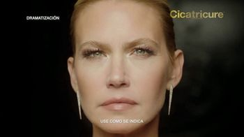 Cicatricure Gold Lift TV Spot, 'Arrugas gravitacionales: 20% de descuento' con Valeria Mazza [Spanish]