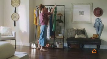 Ashley HomeStore Spring Semi-Annual Sale TV Spot, 'Fresh Styles' - Thumbnail 4