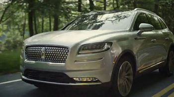Lincoln Motor Company Spring Sales Event TV Spot, 'Desire to Be Outside' [T2] - Thumbnail 2