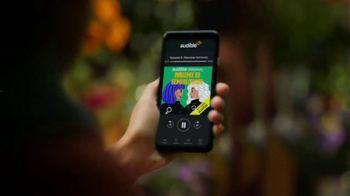 Audible Inc. TV Spot, 'Todos tus intereses' [Spanish] - Thumbnail 5