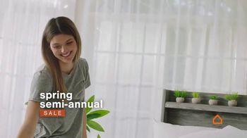 Ashley HomeStore Spring Semi-Annual Sale TV Spot, 'Colchones: 0% intereses' [Spanish] - Thumbnail 2