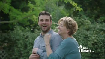 1-800-FLOWERS.COM TV Spot, 'Mother's Day: Save 15%' - Thumbnail 1