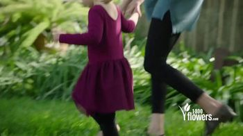 1-800-FLOWERS.COM TV Spot, 'Mother's Day: Save 15%' - Thumbnail 4