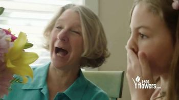 1-800-FLOWERS.COM TV Spot, 'Mother's Day: Save 15%' - Thumbnail 7