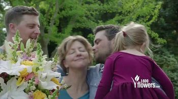 1-800-FLOWERS.COM TV Spot, 'Mother's Day: Save 15%' - Thumbnail 8