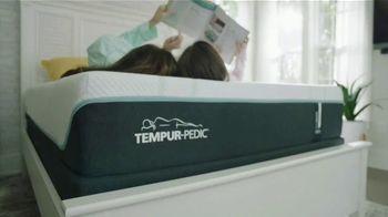 Rooms to Go Storewide Mattress Sale TV Spot, 'Sleep Better and Save Money: Tempur-Pedic' - Thumbnail 8