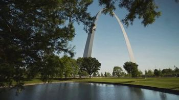 Explore St. Louis TV Spot, 'In the Know: Home' Ft. Jenna Fischer, John Goodman, Sterling K. Brown - Thumbnail 8
