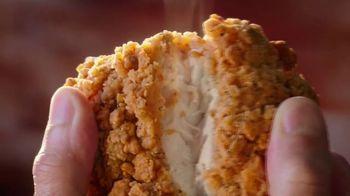 Cracker Barrel Southern Fried Chicken TV Spot, 'Taste Care' - Thumbnail 4