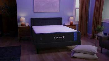 NECTAR Sleep TV Spot, 'How Does She Do It? - Thumbnail 5