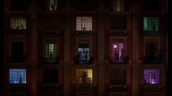 Fitbit Luxe TV Spot, 'Patterns: Sleepy Kimmy' Song by Brett - Thumbnail 1