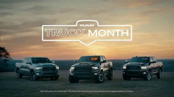Ram Trucks Truck Month TV Spot, 'Get Great Deals: Sand' Song by Chris Stapleton [T2] - Thumbnail 3