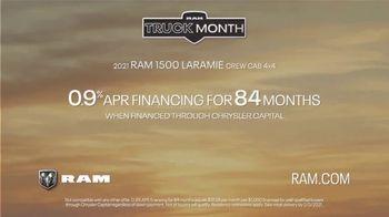 Ram Trucks Truck Month TV Spot, 'Get Great Deals: Sand' Song by Chris Stapleton [T2] - Thumbnail 4