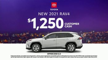 2021 Toyota RAV4 TV Spot, 'Dear Road Rivals: A for Effort' [T2] - Thumbnail 6