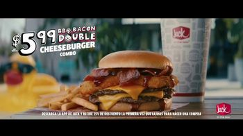 Jack in the Box BBQ Bacon Double Cheeseburger Combo TV Spot, 'Piscina' con Oscar Miranda [Spanish] - Thumbnail 6
