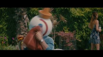 Jack in the Box BBQ Bacon Double Cheeseburger Combo TV Spot, 'Piscina' con Oscar Miranda [Spanish] - Thumbnail 3