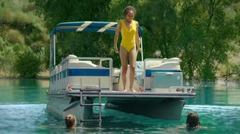 Otezla (Psoriasis) TV Spot, 'Boat Jumping and Pools'