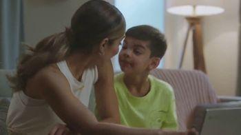 Google Chromebook TV Spot, 'Domingo en familia: primer día' con Alejandra Espinoza [Spanish] - Thumbnail 2