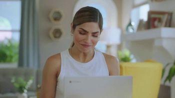Google Chromebook TV Spot, 'Domingo en familia: primer día' con Alejandra Espinoza [Spanish] - Thumbnail 7