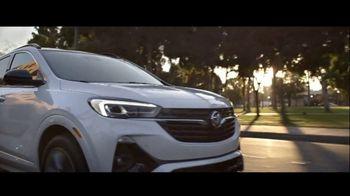 2021 Buick Encore GX TV Spot, 'So You: Wireless' Song by Matt and Kim [T2] - Thumbnail 4