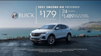 2021 Buick Encore GX TV Spot, 'So You: Wireless' Song by Matt and Kim [T2] - Thumbnail 7
