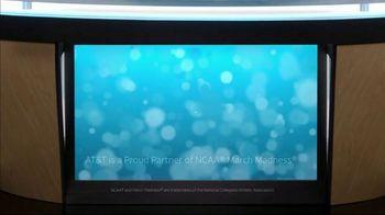AT&T Wireless TV Spot, 'Lily Uncomplicates: Layups' - Thumbnail 10