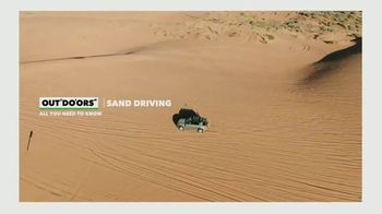 Land Rover Defender TV Spot, 'Outdoors: Sand Driving' [T1] - Thumbnail 1