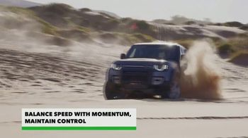 Land Rover Defender TV Spot, 'Outdoors: Sand Driving' [T1] - Thumbnail 3