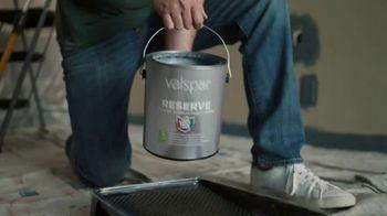 Valspar Reserve TV Spot, 'First Time Painting' - Thumbnail 7