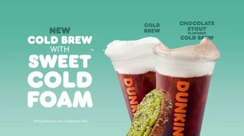Dunkin' Cold Brew with Sweet Cold Foam TV Spot, 'Perfect Top: Order on the App' - Thumbnail 8