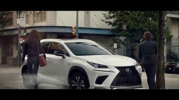 Invitation to Lexus Sales Event TV Spot, 'A Warm Welcome' [T2] - Thumbnail 4