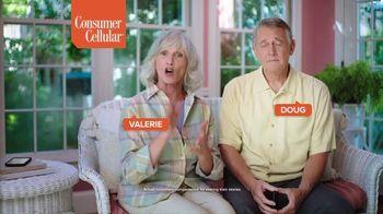 Consumer Cellular TV Spot, 'Folks: Couple' - Thumbnail 3