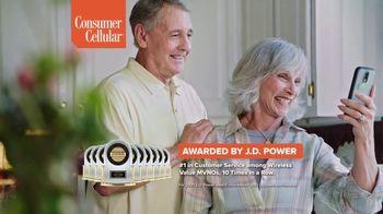 Consumer Cellular TV Spot, 'Folks: Couple' - Thumbnail 8