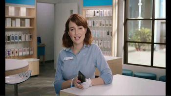 AT&T Wireless 5G TV Spot, 'New Putter' - Thumbnail 7