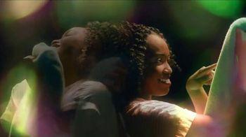 Gain Flings TV Spot, 'Por primera vez' canción de All-4-One [Spanish] - Thumbnail 2