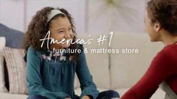 Ashley HomeStore The Big Deal Event TV Spot, 'Bed, Sectional and Special Financing' - Thumbnail 8