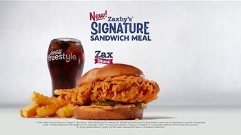 Zaxby's Signature Sandwich Meal TV Spot, 'The Sauce' - Thumbnail 6