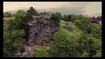 Arkansas Department of Parks & Tourism TV Spot, 'Fresh Air' - Thumbnail 9