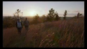 Arkansas Department of Parks & Tourism TV Spot, 'Fresh Air' - Thumbnail 6