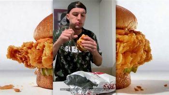 Zaxby's Signature Sandwich TV Spot, 'Speak Spicy' - Thumbnail 1