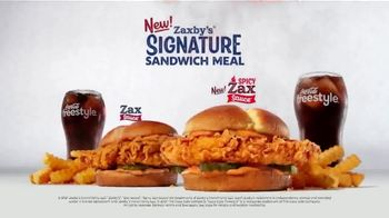 Zaxby's Signature Sandwich TV Spot, 'Speak Spicy' - Thumbnail 9
