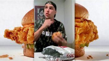 Zaxby's Signature Sandwich TV Spot, 'Speak Spicy' - Thumbnail 2