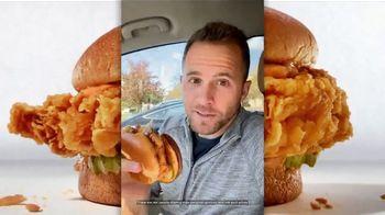 Zaxby's Signature Sandwich TV Spot, 'Speak Spicy' - Thumbnail 5