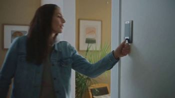 CarMax TV Spot, 'Home Delivery' Featuring Sue Bird - Thumbnail 6