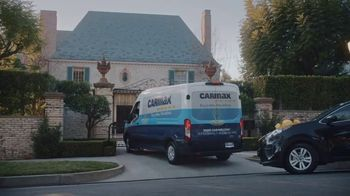 CarMax TV Spot, 'Home Delivery' Featuring Sue Bird - Thumbnail 9