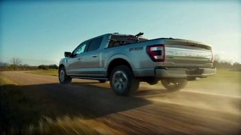 2021 Ford F-150 TV Spot, 'Built for the Midwest' [T2] - Thumbnail 6