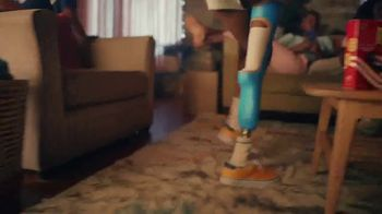 Ritz Crackers TV Spot, 'Greatness Inspires' Featuring Melissa Stockwell - Thumbnail 2